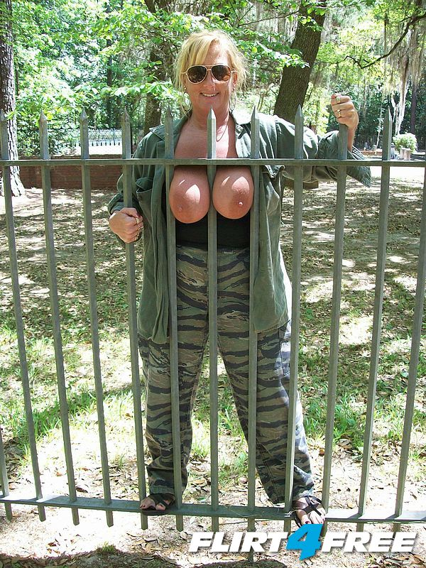 Titties between the fence in SC