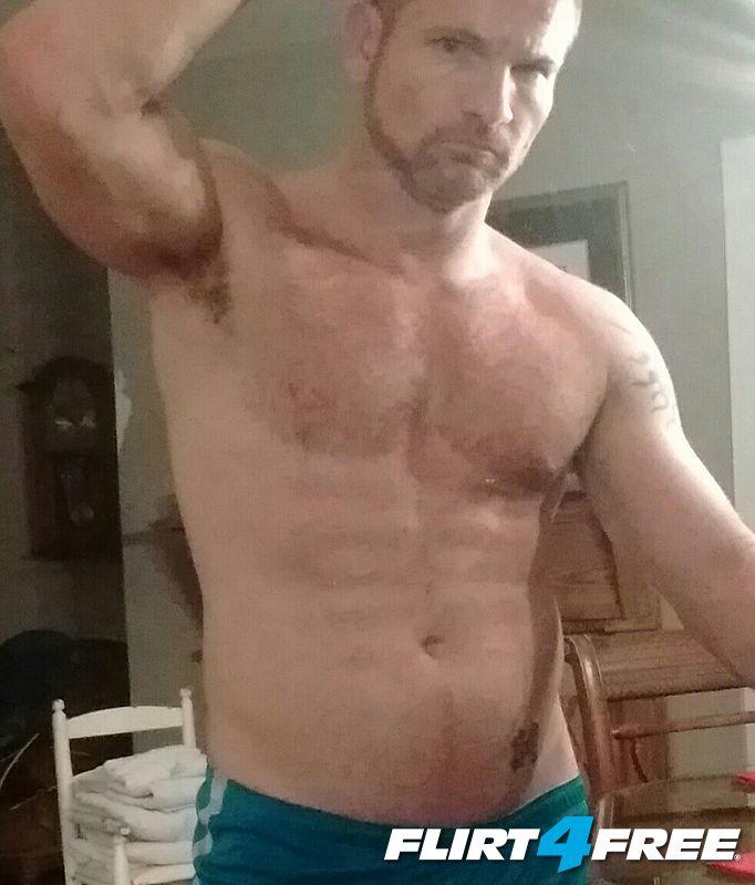 Brad Mirror pose!
