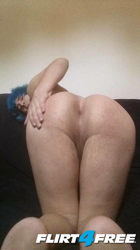 Big booty Latina ts