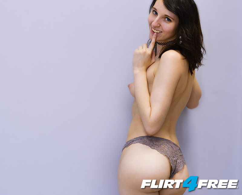 topless album woow :o MORE IN PVT SHOW ;)
