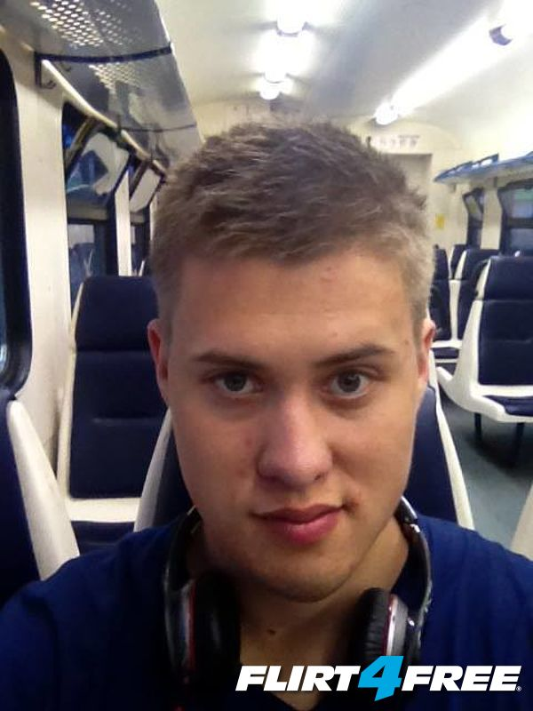 traveling selfie