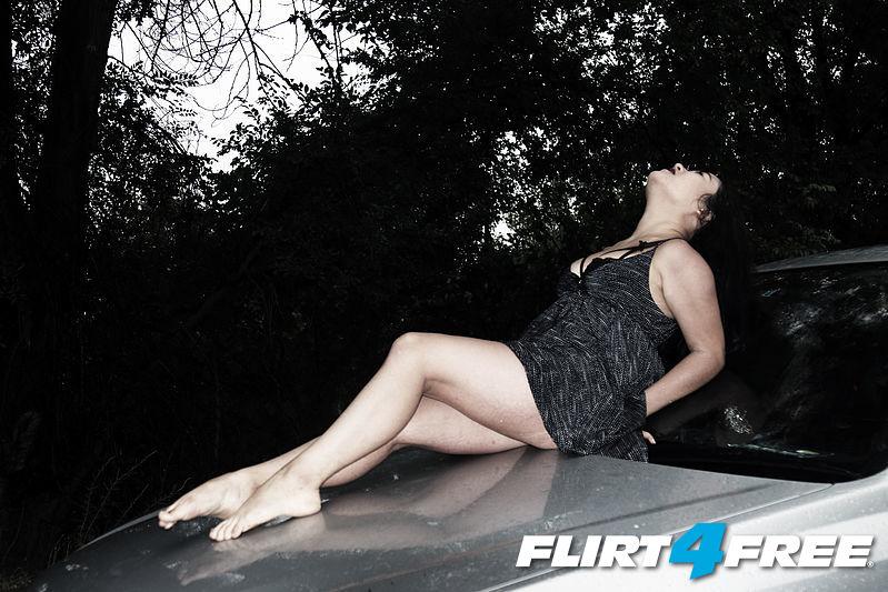 Photo of Mina Amour