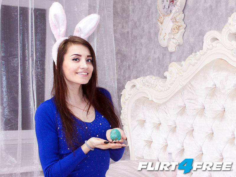 Easter Discount & Model Contest